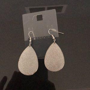 Silver shiny drop earrings